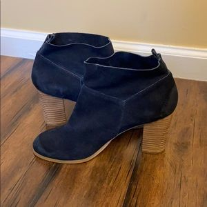 Navy suede Crown Vintage heel booties